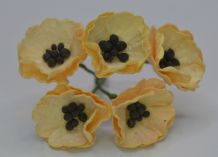 VERY LIGHT PEACH POPPY / PAPAVER (1.8 cm) Mulberry Paper Flowers